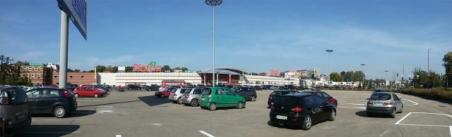 31.08.2014 zabrze platan centrum handlowe parkingfot. bartosz pudelko / polskapresse / dziennik zachodni