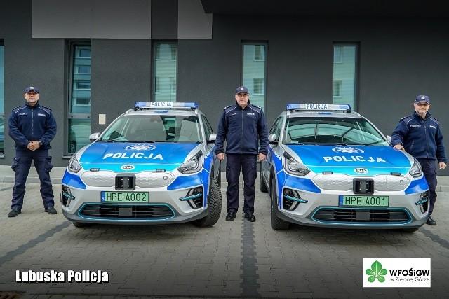 Radiowozy, które zasiliły flotę Lubuskiej Policji to samochody osobowe marki KIA e-Niro.