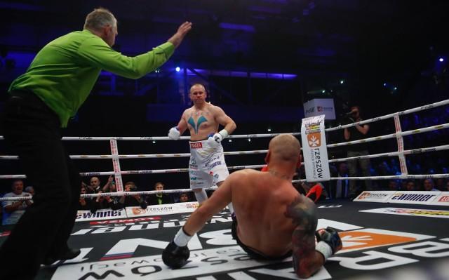 W swojej ostatniej walce Łukasz Różański znokautował w pierwszej rundzie Artura Szpilkę i odebrał pas mistrza WBC International.