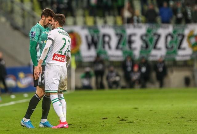 Mladenović zgromadził 12 kartek. To o 1 więcej niż w całym zeszłym sezonie