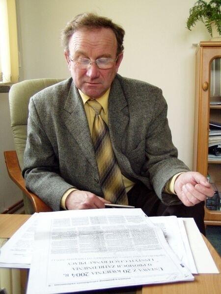 Zastępca dyrektora Zakładu Usług Miejskich Zbigniew Wesołowski podkreśla, że osoby, które sprawdzą się przy pracach społecznie użytecznych, będą mogły liczyć na dalsze zatrudnienie w ramach prac interwencyjnych.