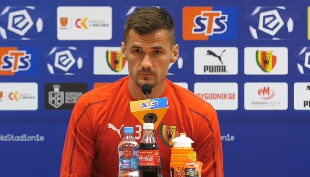 - Oczywiście, będę motywował swoich kolegów, bo to jest moje zadanie, jestem kapitanem. Muszę również sam pokazać, że jestem zmotywowany na każdy mecz, aby osiągnąć utrzymanie Korony w ekstraklasie - mówi Adnan Kovacević, kapitan Korony.