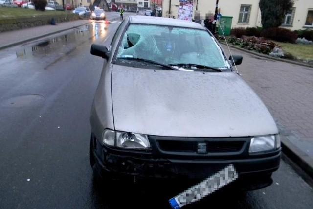 Do wypadku doszło około godz. 7 na rynku.