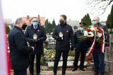 Obchody Święta Niepodległości na Suwalszczyźnie (11.11.2020). Skromnie, ale były i kwiaty, i znicze [zdjęcia]