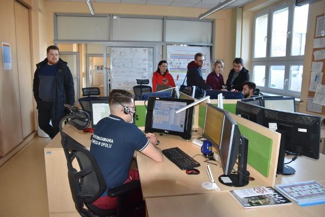 Europejski Dzień Numeru Alarmowego w Centrum Powiadamiania Ratunkowego w Opolu.
