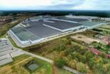Chlastawa z lotu ptaka! Zabytki i wielką fabrykę mebli sfotografował przy pomocy drona Grzegorz Walkowski