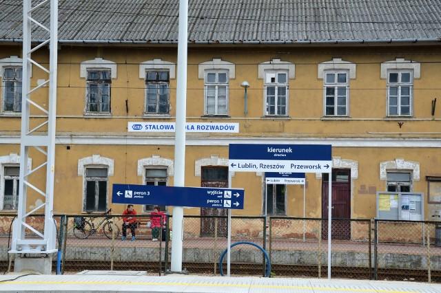 Zabytkowy, ale zniszczony dworzec zostanie odrestaurowany do 2020 roku, wcześniej unowocześnione zostanie otoczenie