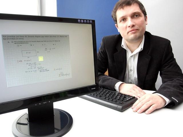 - Matematyczne filmiki cieszą się ogromnym powodzeniem w Stanach Zjednoczonych. Ja popularyzuje ten sposób nauki u nas – mówi Wiesław Ziaja.