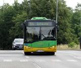MPK Poznań: Kolizja na Szwajcarskiej. Autobus 154 zderzył się z samochodem osobowym. Musiał zjechać do zajezdni