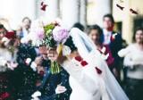Wesela bez seniorów i w maseczkach. Rząd chce nowych obostrzeń, bo wesela są ogniskami koronawirusa