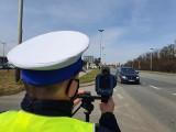 Podczas długiego weekendu majowego na drogach w Łódzkiem doszło do 21 wypadków. Pijanych kierowców nie brakowało