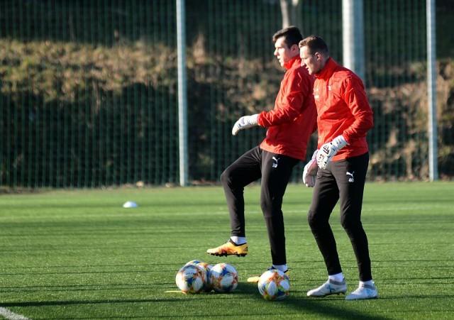 Wkrótce piłkarze Cracovii zaczną treningi w małych grupkach