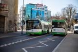 Obostrzenia w komunikacji miejskiej. Kierowca będzie mógł nie wpuścić pasażera do autobusu.