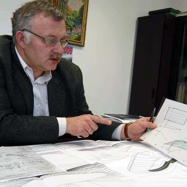 - W projekcie nowego stadionu stali trzeba połączyć wymagania konstrukcyjne z architektonicznymi - tłumaczy dr Zbigniew Plewako z katedry Konstrukcji Budowlanych Politechniki Rzeszowskiej.