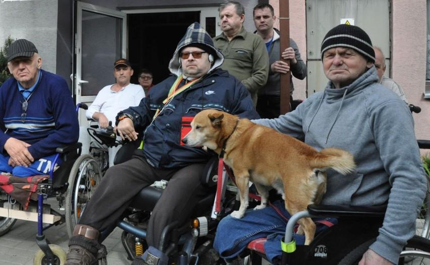 Mieszkańcy filii DPS-u w Kluczborku są zadowoleni, że zostaną w swoim domu.