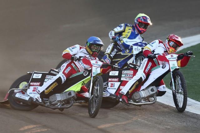 Betard Sparta Wrocław pokonała Get Well Toruń po raz drugi w tym sezonie. Na Stadionie Olimpijskim padł wynik 51:39.