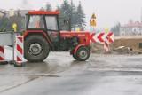 Proces komornika, który zajął ciągnik rolnikowi spod Mławy. Jako świadek zeznawał współpracownik komornika