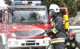 Wybuch i pożar w Zagaju niedaleko Turku. Z płonącego domu strażacy wyciągnęli jedną osobę. Niestety, nie żyje