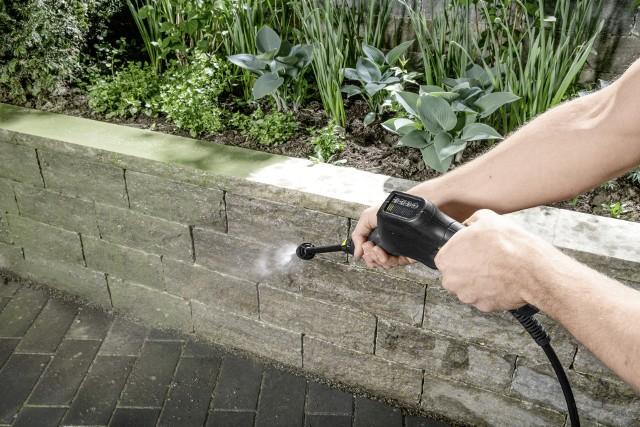 5 zastosowań myjki ciśnieniowej w ogrodzie i na działce5 zastosowań myjki ciśnieniowej w ogrodzie i na działce