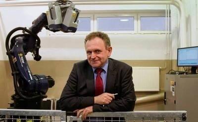 Prof. Tadeusz Uhl w biznesie ma taką zasadę, że zajmuje się działalnością niszową albo przyszłościową FOT. ANNA KACZMARZ