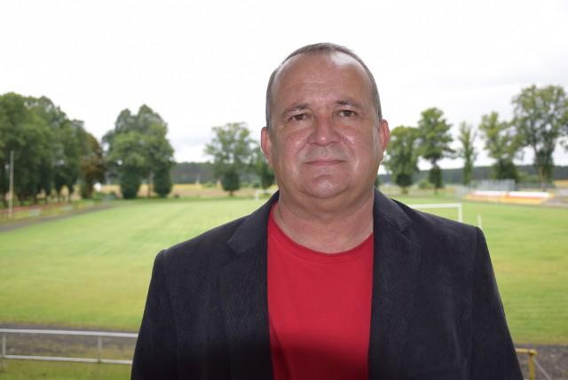 Zenon Burzawa, kiedyś świetny piłkarz, dziś dobry trener.
