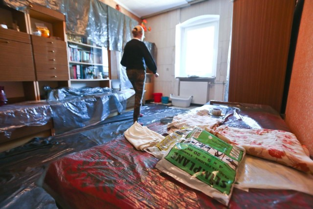 Polacy wciąż pożyczają: na wiosenny remont mieszkania, na zakup nowej elektroniki, na niespodziewane wydatki. Cała sztuka polega na tym by pożyczyć dużo i najtaniej. Eksperci podpowiadają, jak to osiągnąć.