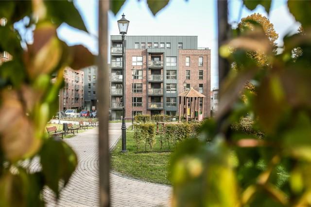 Z raportu wynika, że przeciętny okres, kiedy mieszkanie oczekuje na nowego najemcę zwiększył się do 2 miesięcy.