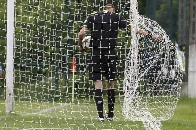 Przerwa w rozgrywkach piłkarskich trwała niespełna 2 tygodnie.