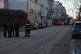 Zablokowana ulica Gdańska! Wieżyczka zabytkowej willi Kellera przy Gdańskiej w Łodzi grozi zawaleniem! Ruch na Gdańskiej wstrzymany ZDJĘCIA