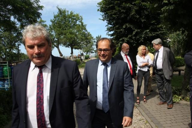 Rybacy spotkali się z ministrem Markiem Gróbarczykiem w Jarosławcu