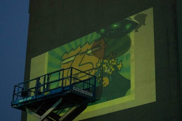 """Mural został zaprojektowany przez Bartosza Minkiewicza, współautora """"Wilqa"""". Ma powstać do końca tygodnia"""
