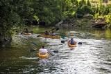 Szukacie pomysłu na wakacje? Spływ kajakowy Wdą to sposób na aktywny wypoczynek na Kaszubach! [zdjęcia]
