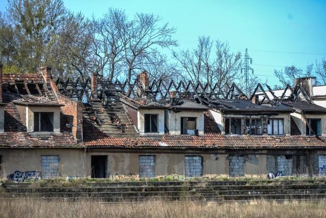 Tak wyglądał budynek po klubie Gedania dzień po pożarze