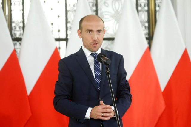 Borys Budka: Groźba weta to realna groźba wyjścia Polski z Unii Europejskiej