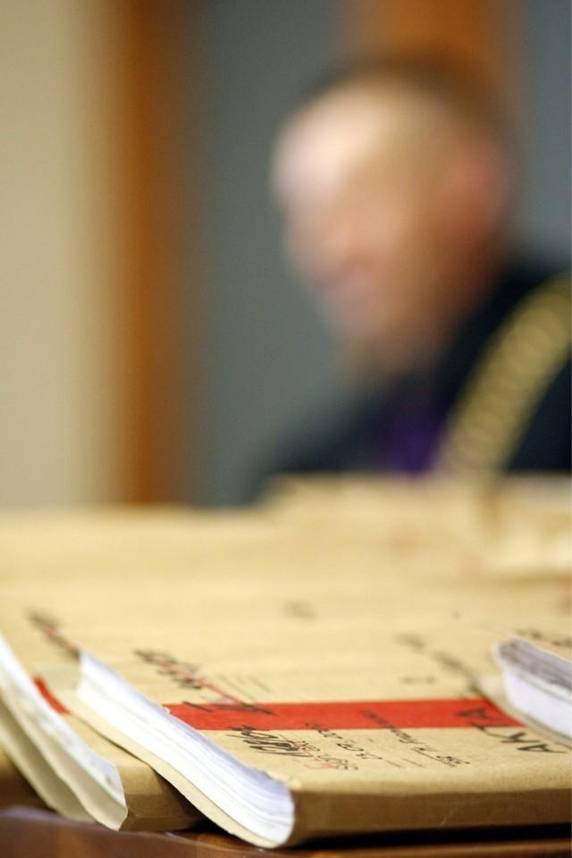 Oskarżony Andrzej L. nie przyznaje się do winy/zdjęcie ilustracyjne