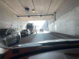 Remont ronda przy wjeździe do Tunelu pod Martwą Wisłą 19.04.2021 r. Duży korek od ronda prawie po Most Wantowy! [ZDJĘCIA, FILM]