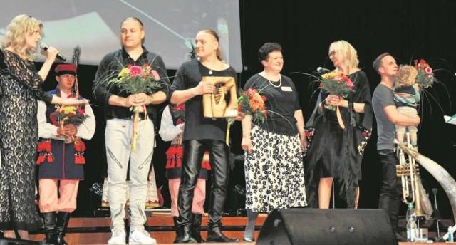 W kwietniu w Centrum Kongresowym na rzecz stowarzyszenia zagrała Golec uOrkiestra