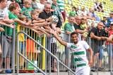 Piłkarze Lechii Gdańsk w końcu spotkali się z kibicami na stadionie Polsat Plus Arena Gdańsk. Fani poznali trzech nowych piłkarzy [zdjęcia]