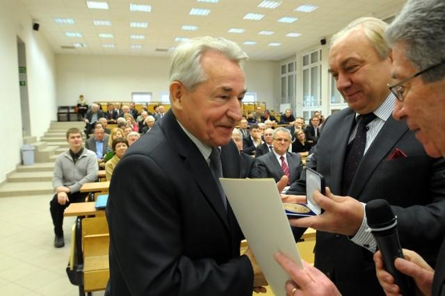 Prof. Tadeusz Janowski (na zdjęciu z lewej)