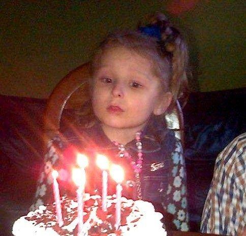 Zaginiona 5-latka z Rumi szczęśliwie odnaleziona  cea6d1b75e0