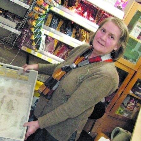 - Puste! - Anna Przyborowska pokazuje pojemnik po kanapkach. - Ostatnie sprzedałam na drugiej przerwie.