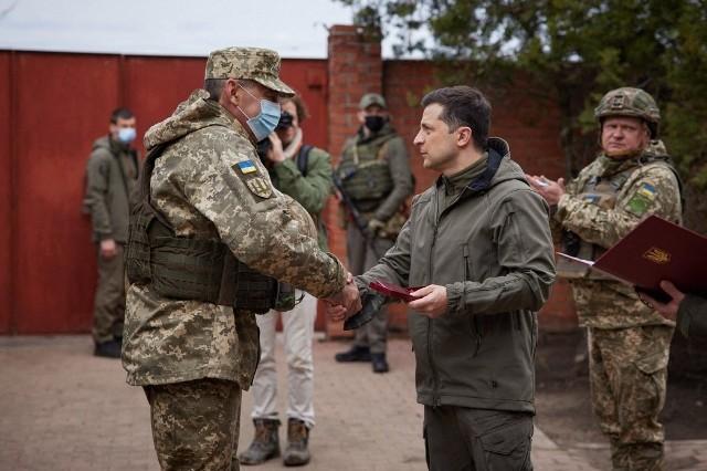 Ukraina: Sytuacja się zaostrza. Przy granicy Ukrainy zaczęło gromadzić się coraz więcej żołnierzy rosyjskich. USA ostrzega Rosję