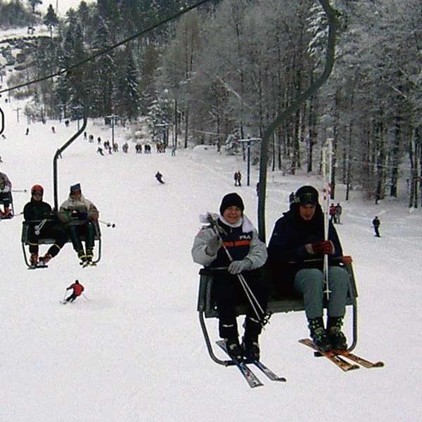 W zeszłym roku wyciągi w Bieszczadach ledwie nadążały z obsługiwaniem narciarzy. Czy tak będzie również tej zimy?