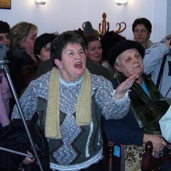 Mieszkańcy  Racławic, Malc i Woliny głośno sprzeciwiają się likwidacji klas.