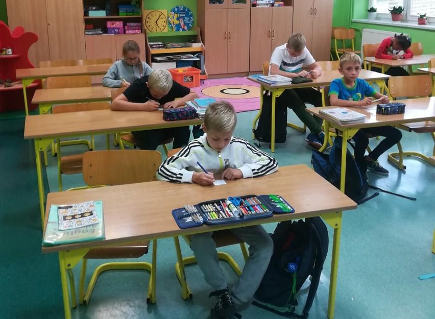 Uczniowie z Publicznej Szkoły Podstawowej numer 2 w Przysusze mieli swój dzień poświęcony tabliczce mnożenia.
