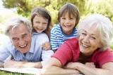 Rodzice są od wychowywania, a dziadkowie od rozpieszczania. Ile prawdy jest w tym powiedzeniu?