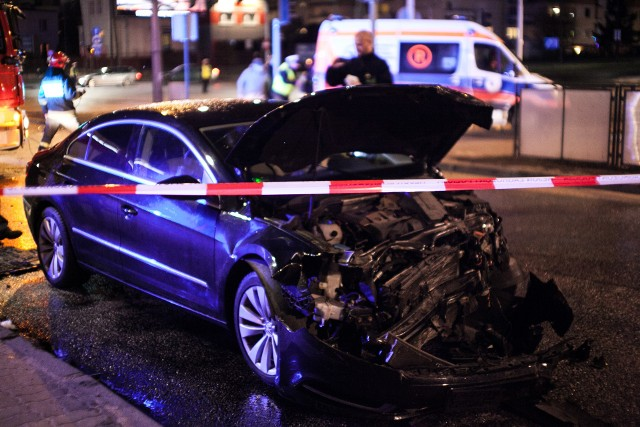 Sprawca wypadku, który spowodował szkodę pod wpływem alkoholu powinien spodziewać się rachunku za swoje działanie.