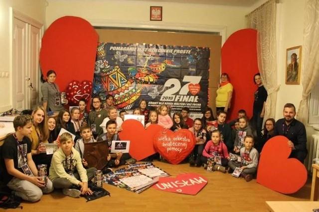 Młodzież z unisławskiej szkoły angażuje się m.in. w akcje charytatywne takie jak WOŚP