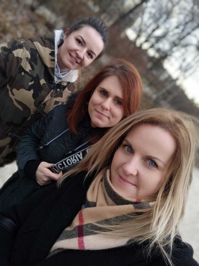 Iwona Furman, Izabela Tusińska i Małgorzata Sanecka-Czerniec, członkinie koła powiatowego Polski 2050 w Puławach