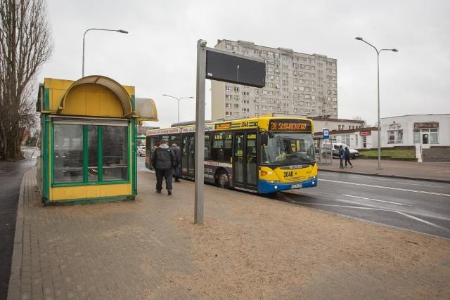 Przy alei 3 Maja w Słupsku zniknęła wiata przystankowa. Czy to już na stałe?